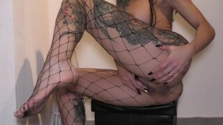 Big tits MILF in fishnet stockings fingers her pussy until huge SQUIRT !!